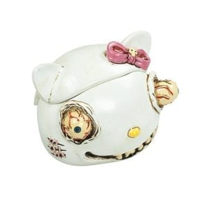 hello-kitty-ashtray